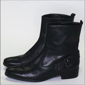 MARC FISHER BLACK LEATHER BOOTS SIZE:6M